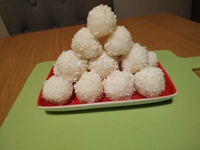 Add the balls to a tray or air tight container Homemade Raffaello Coconut Balls
