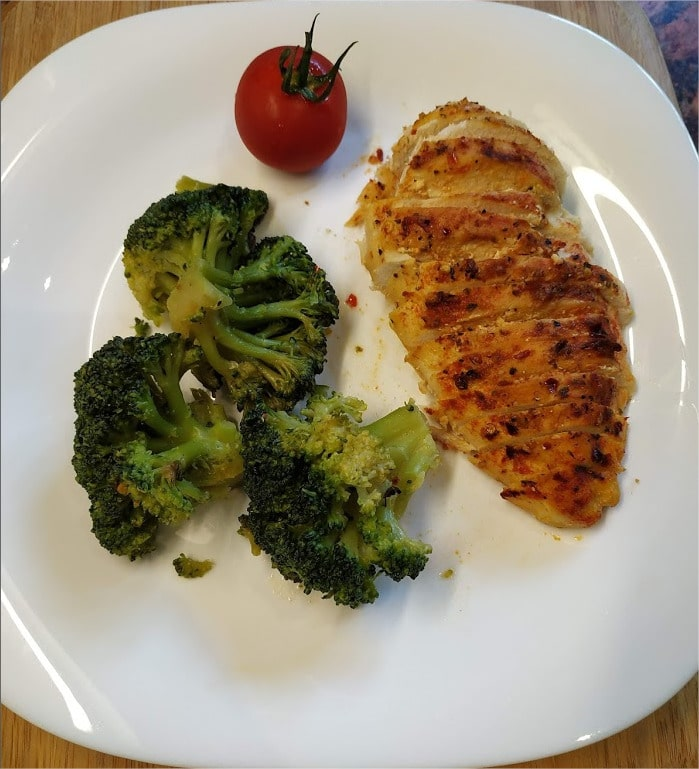 Roasted Broccoli FloretsServe with roasted chicken and tomato