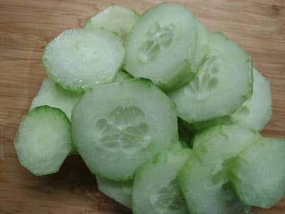 Keto Basics Cucumber slices